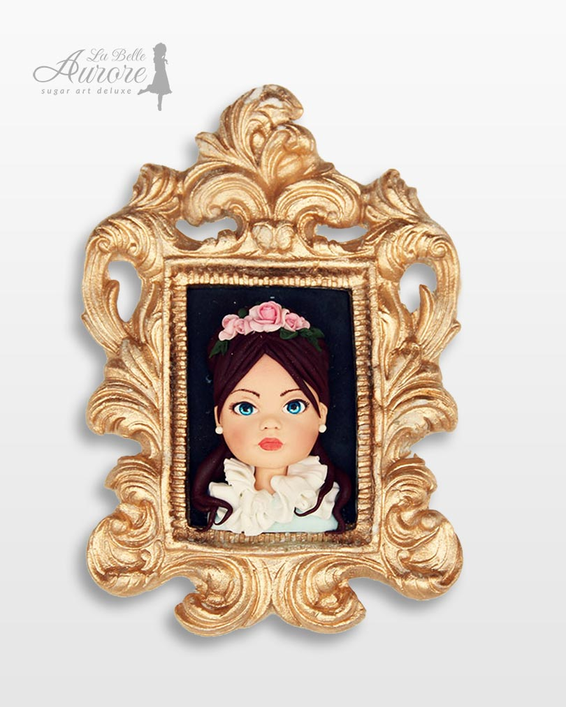 portrait topper cake design La Belle Aurore